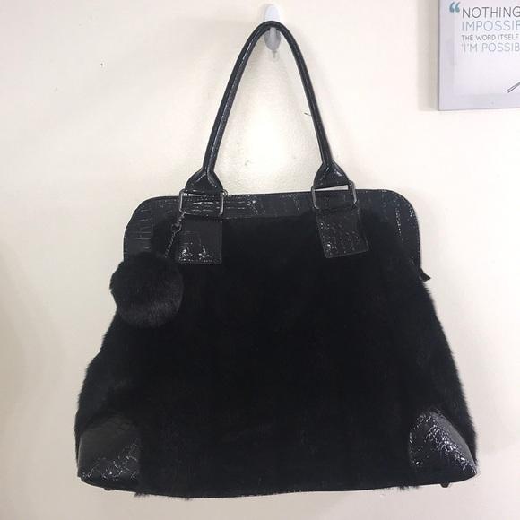 205d1c632d8 Pamela McCoy Faux Fur Patent Croc Weekender Bag